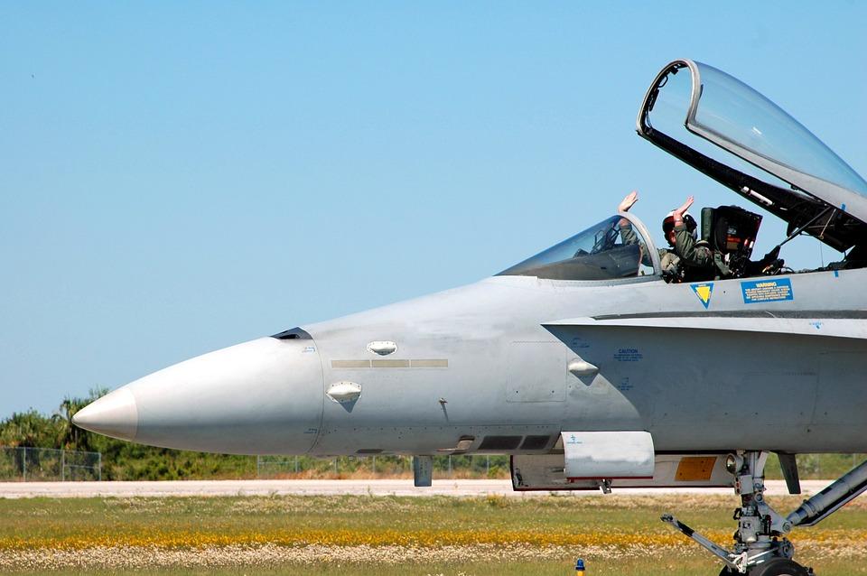 activite insolite vol en avion de chasse